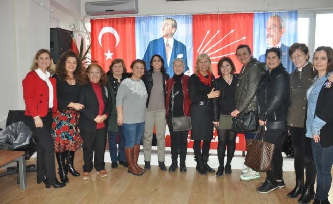 CHP Başakşehir Kadın Kolları Başkanı Hülya Karaali Seçildi
