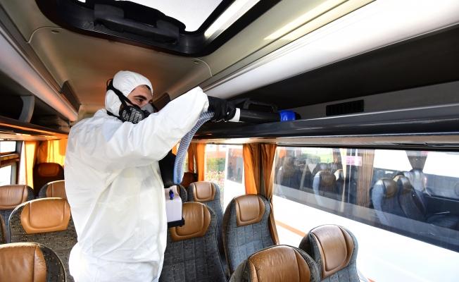 İBB, Personel Servis Araçlarını Dezenfekte Ediyor