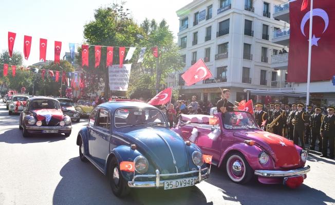 Kadıköy  Zafer Bayramını Kendine Yaraşır Şekilde Kutluyor