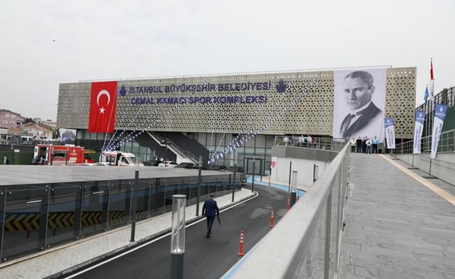 Cemal Kamacı, Türkiye'nin halka açık en büyük yüzme tesisi oldu