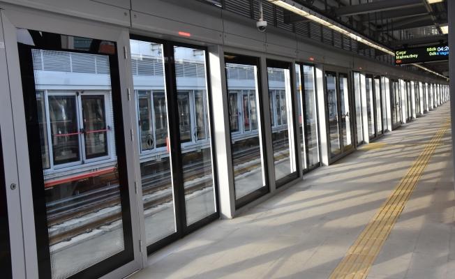Mecidiyeköy - Mahmutbey Metrosu'nda Seferler İmamoğlu'nun Startıyla Başladı