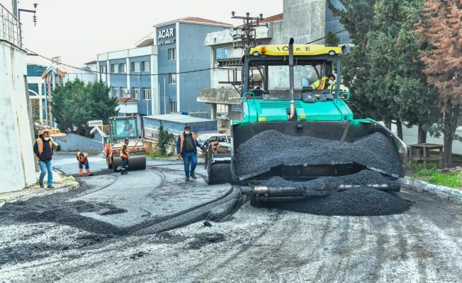 Esenyurt Belediyesi Yolları Yenilemeye Devam Ediyor
