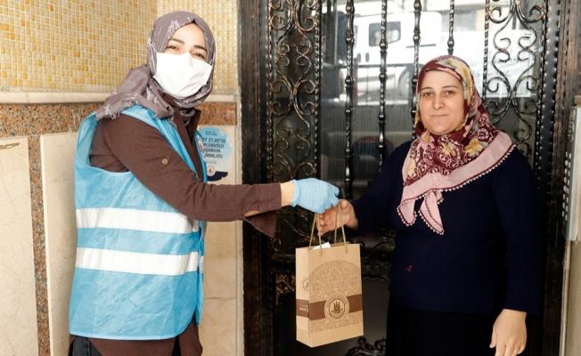 Kağıthane'de 4 Milyon Maske Ve Kolonya Dağıtımı Yapıldı