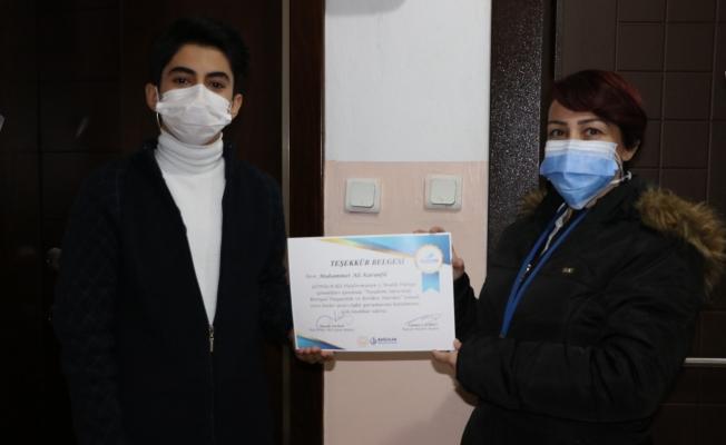 Liseli Gençler Pandemi Sürecinin Hikayesini Yazdı