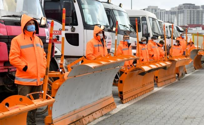 Esenyurt Belediyesi 66 Araç ve 2 Bin Toz Stokuyla Kışa Hazır