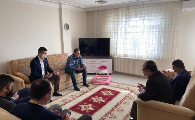 Başkan Gökhan Yüksel'den Kartallı Şehidin Ailesine Ziyaret