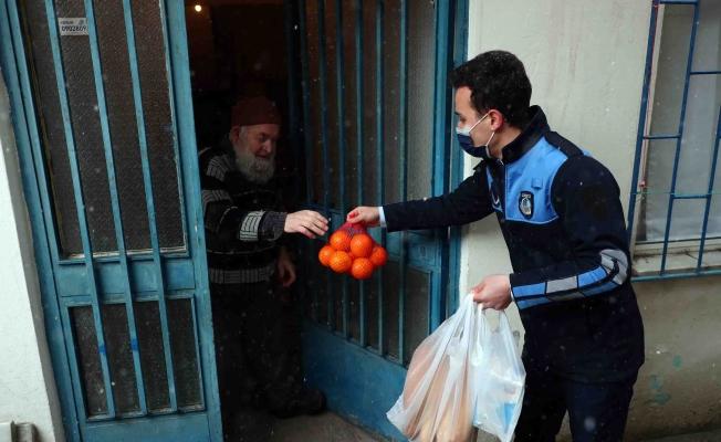 Kış Şartlarında İhtiyaç Sahiplerine Gıda Yardımı