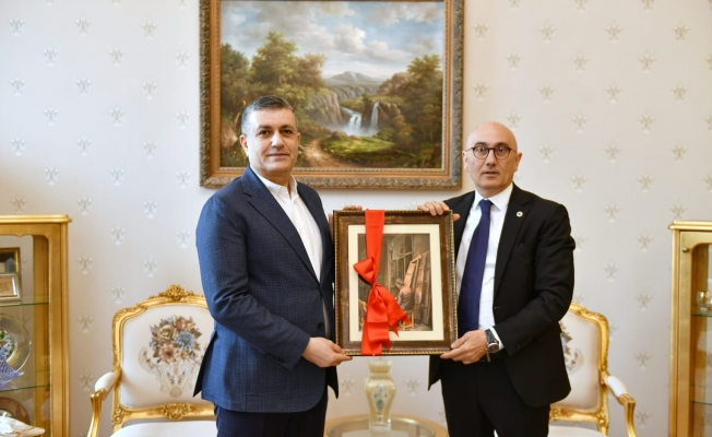 Başkan Bozkurt, Yıldız Teknik Üniversitesi Rektörü Prof. Dr. Tamer Yılmaz'ı Ziyaret Etti