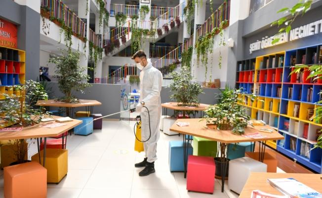 Esenyurt Belediyesi Öğrencilerin Sağlığı İçin Okulları Dezenfekte Ediyor