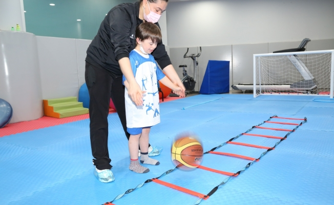 Yeşil Vadi'de Down Sendromlu Çocuklara Özel Spor Seansları