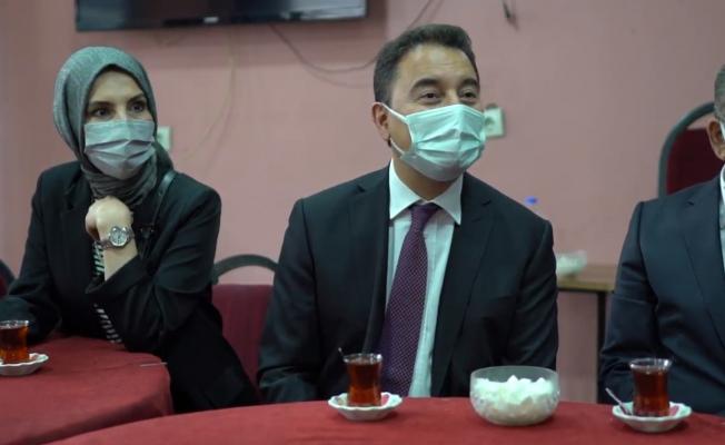 Ali Babacan Gençlerin Sorunlarını Dinledi 'Artık tweet bile atamıyoruz'