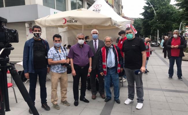 Zeytinburnu'lu Gazeteciler Kan  Bağış Kampanyası Düzenledi