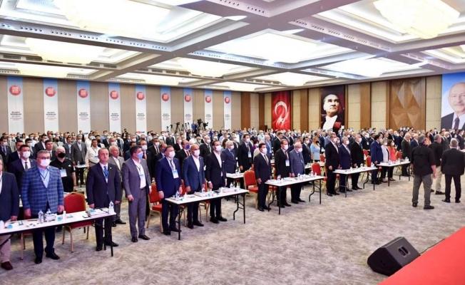 Başkan Gökhan Yüksel, CHP'nin Belediye Başkanları Çalıştayı'na katıldı