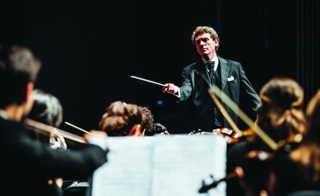 CRR Senfoni Orkestrası Klasik Müziği Açık Havaya Taşıyor