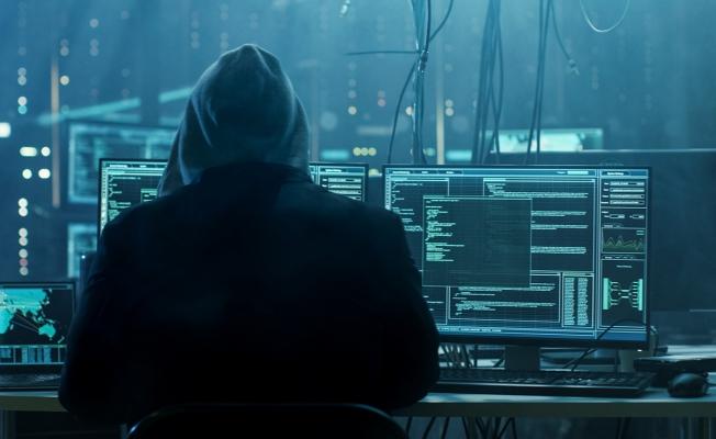 Siber Casuslar İş Başında