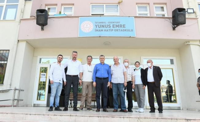Başkan Bozkurt'tan Bulgaristan seçimlerinde oy kullanılan okullara ziyaret
