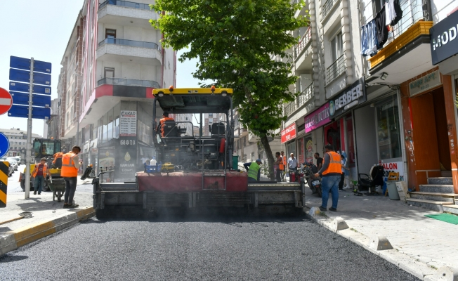 Esenyurt Belediyesi, Yolları Yenilemeye Devam Ediyor