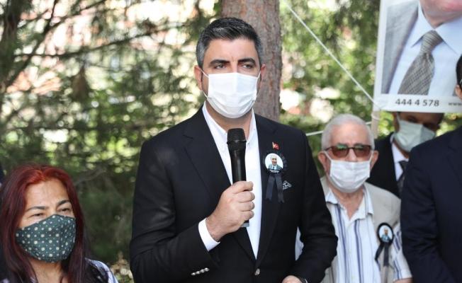 Eski Bakan Mehmet Moğultay Kabri Başında Anıldı