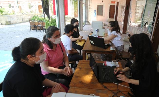 Eyüpsultan Belediyesi, LGS sonrası tercih döneminde de öğrencilerin yanında