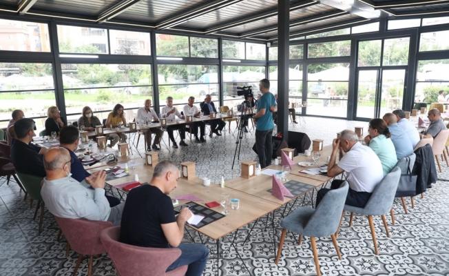 Mehmet Ali Büklü Parkı Sosyal Tesisleri 140'ıncı Muhtarlar Toplantısına ev sahipliği yaptı