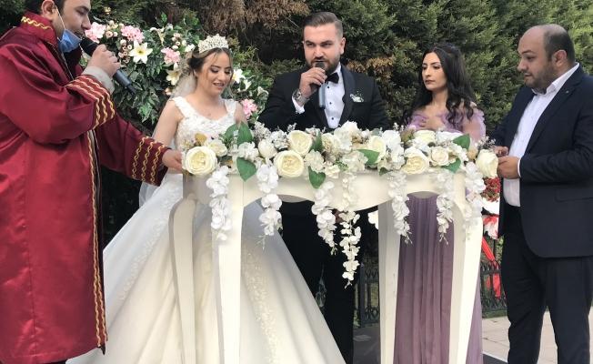 Nur ve Mustafa Naci  Evet Dedi
