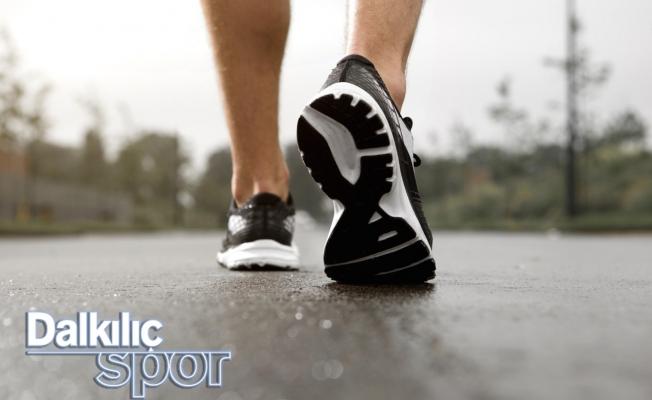 Spor Ayakkabı Modelleri Bir Tık Uzakta!