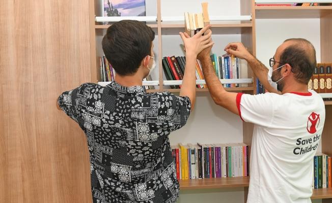 Birçok Dilden Eserin Yer Aldığı 'Fil Kütüphanesi' Esenyurtta Açıldı