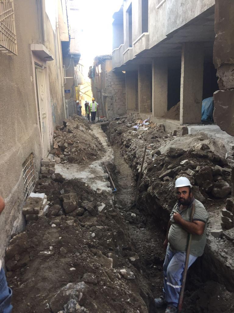 DEDAŞ'ın Kazısı Cizre'de Yıkım Getirdi!