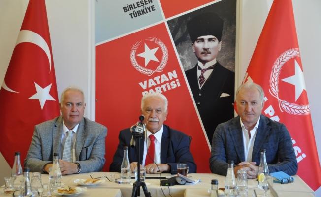 Vatan Partisi Genel Başkanı Doğu Perinçek  İşbirliği Sempozyumu'nda Konuşma Yaptı