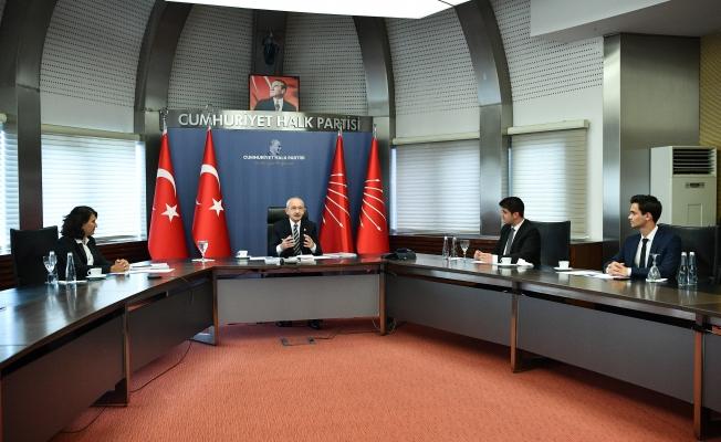 Gençler Projelerini Kılıçdaroğlu İle Paylaştı