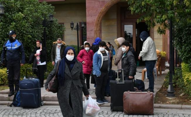Esenyurt Belediyesi, 22 Suriyeliyi Ülkelerine Gönderdi