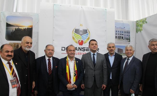 Malatyalılar CHP'Lİ Vekil Karabat'ı Bağrına Bastı