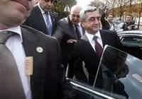 Sarkisyan topu Türkiye'ye attı