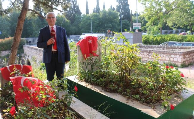 İstanbul Fethinin Sembol İsmi Ulubatl Hasan'ı Kabri Başında Andık