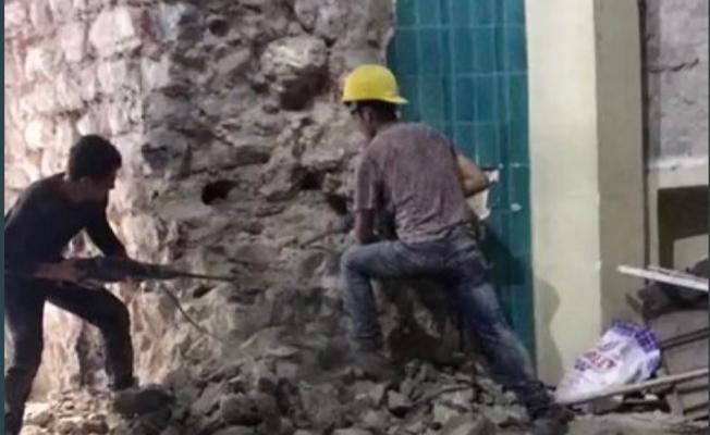 Galata Kulesi'nin Yıkılan Duvarı Alelacele Yeniden Örüldü