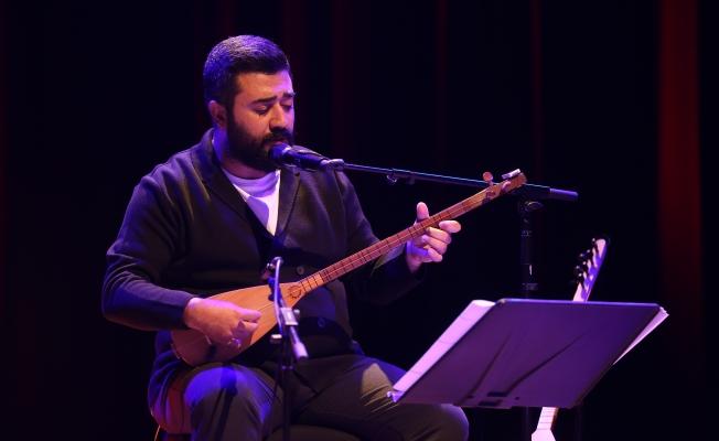 """Coşkun Karademir """"Bir Nefes"""" ile Anadolu Müziği'ni CRR'ye Taşıdı"""