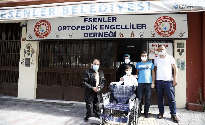 Minik Ömer, Muharrem'i Tekerlekli Sandalyesine Kavuşturdu