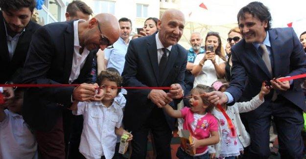 Başkan Altınok Öz Mektebim Koleji'nin Açılışına Katıldı