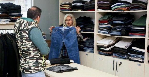 Belediyeden 2 bin 383 aileye kıyafet yardımı