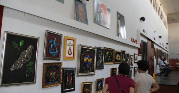 Filografi Sergisi Hasan Ali Yücel Kültür Merkezi'nde Açıldı