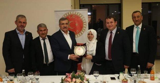 iMDD aylık yönetim kurulu toplantısı Zeytinburnu ilçesinde gerçekleştirdi