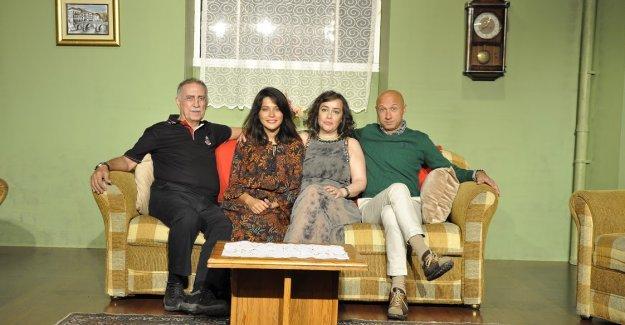 İstanbul Temaşa Tiyatrosu yeni sezonu iki prömiyerle karşılıyor