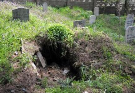 İstanbul'a Su Gelsin Diye Ata Mezarlarını Bile Taşıyorlar