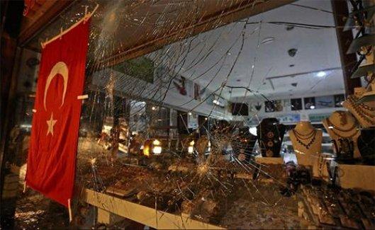 Manavgat'ta Kavga: 1 Ölü, 2 Yaralı