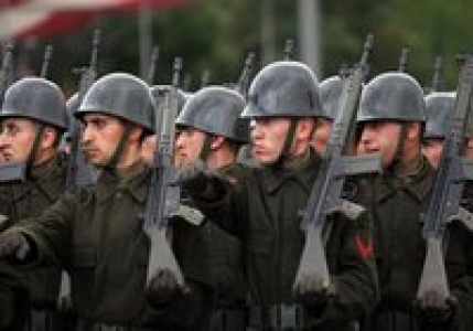 Meclis zorunlu askerliği araştırıyor !