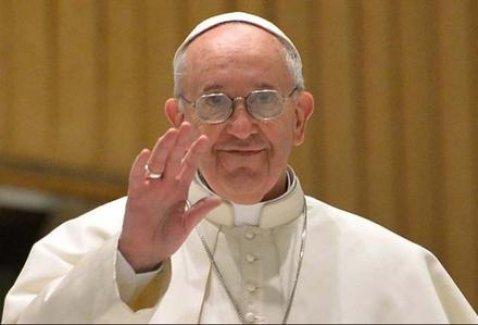 Papa'dan Mültecilere Çağrı
