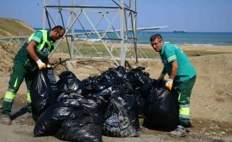 Sarıyer'de 6 ton çöp toplandı