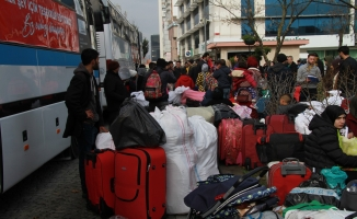 130 Suriyeli Esenyurt'tan memleketlerine dönüş için yola çıktı