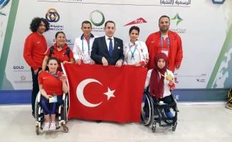 Engelli atletler Dubai'deki şampiyonanın ilk gününde 2 madalya kazandı