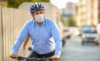 Koronavirüsü Atlattı İkinci Gün Belediyeye Bisikletle Geldi